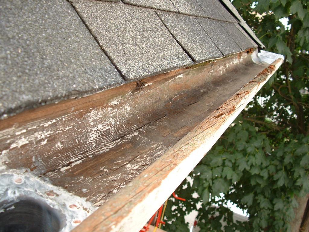 Система водостока кровли на крыше, система водоотвода